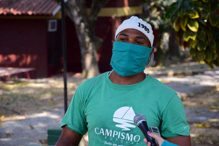 Roilán Acosta Rivera, operario de mantenimiento de la villa.