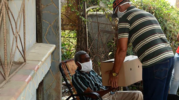 Los ancianos son protegidos pues son muy vulnerables a la Covid 19 y otras enfermedades. / Foto: ACN.