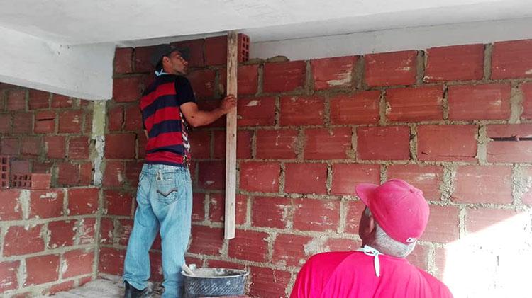 Construcción de casas en Pinar del Río