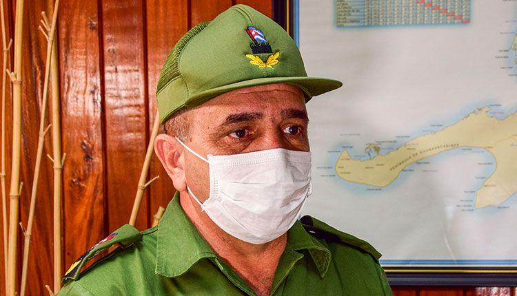 Julio César Rodríguez Pimentel, presidente del Consejo de Defensa Provincial en Pinar del Río. / Foto: Januar Valdés Barrios