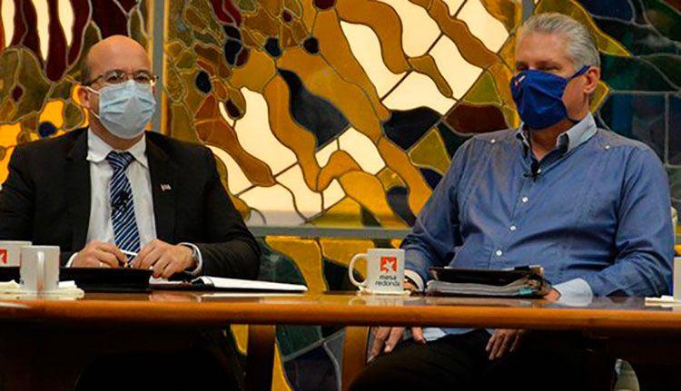 El presidente cubano comparece este jueves en la Mesa Redonda.