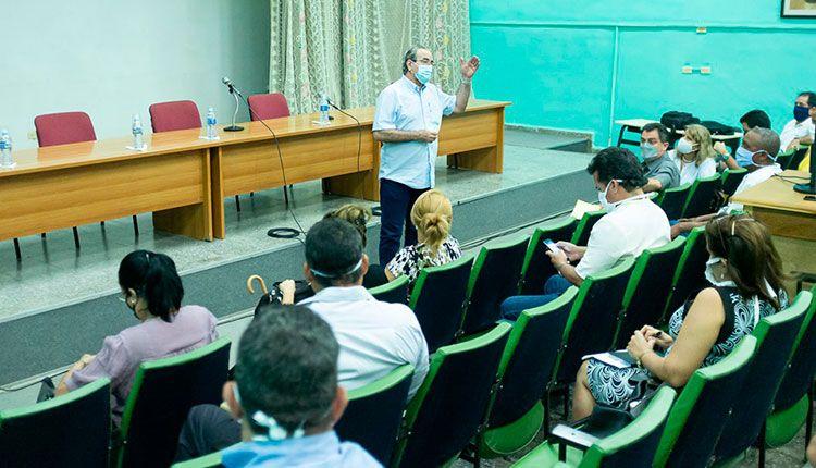 Debaten en Universidad de Pinar del Río la estrategia para la recuperación post-Covid-19
