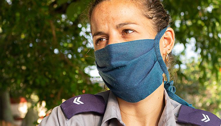 Marelis Izaguirre Guerra, jefa de  sector del consejo popular Hermanos Cruz / Foto: Jaliosky Ajete Rabeiro