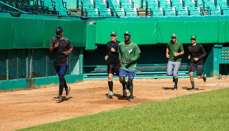 Comenzaron entrenamientos de preselección de béisbol en Pinar del Río