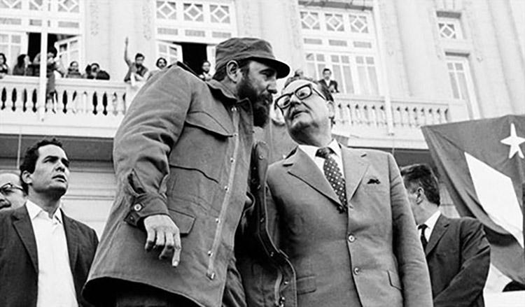 El comandante cubano visitó Chile en noviembre de 1971 y se quedó por casi un mes recorriendo el país.