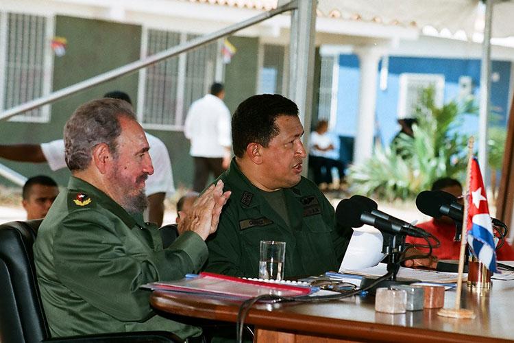 Fidel y Chávez en Sandino, Pinar del Río, el 21 de agosto del 2005, en la celebración del programa de televisión Aló Presidente y la inauguración de Villa.