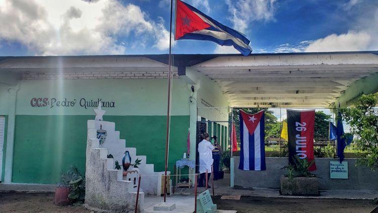 """Desde bien temprano los trabajadores de la """"Pedro Quintana"""" cumplen con todas las medidas contra la COVID-19"""