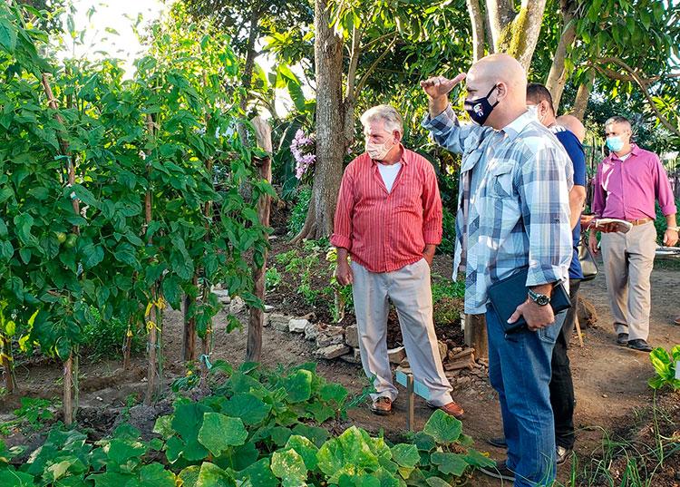 Recorre Gerardo Hernández Nordelo comunidades vecinales en provincia Pinar del Río