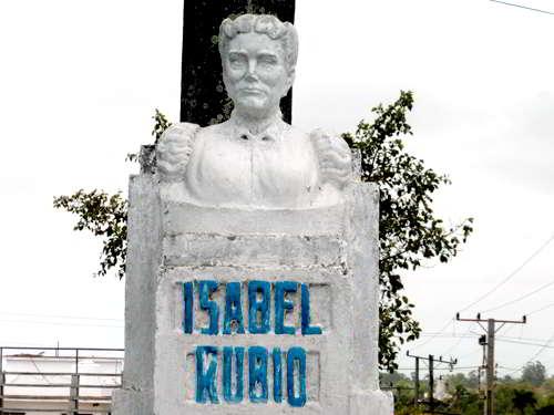 Busto a Isabel Rubio Díaz - ESBU Tomás Orlando Díaz. Pinar del Río
