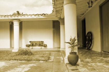 Plano exterior, salida al patio casa Isabel Rubio.