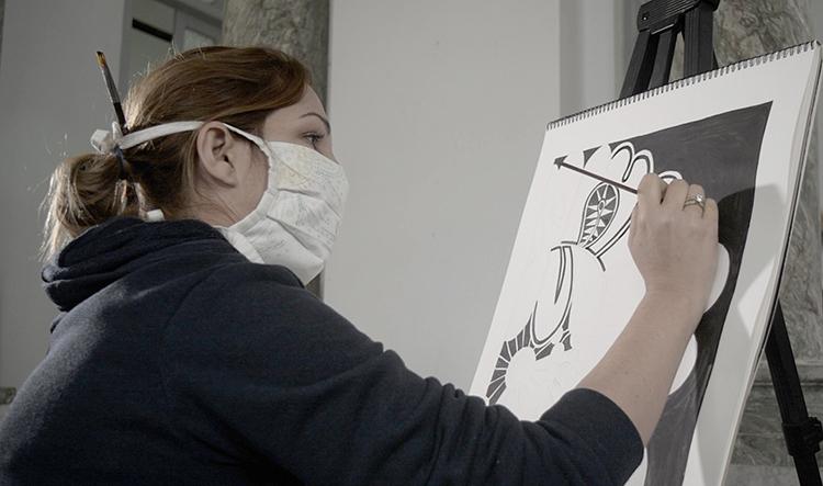 Kirenia, madre, artista, asegura que ha creado más en medio de la pandemia que en otros momentos.