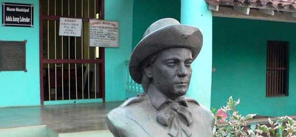 La casa de Viñales, donde Adela vivió la mayor parte de su vida, es hoy la sede del Museo Municipal y allí se exponen muchos de sus objetos personales.