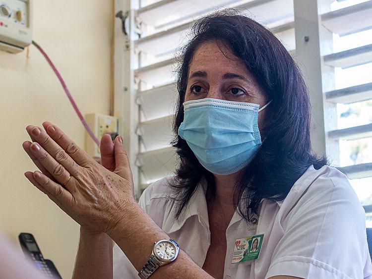 Máster en Ciencia Olga Lidia Licort  Monduy, directora del Banco Provincial de Sangre.