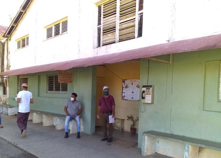 Las antiguas instalaciones del yacimiento Capitán Alberto Fernández Montes de Oca, conocido como el Pozo dos de Matahambre, albergan desde 1997 al despalillo VD-9.