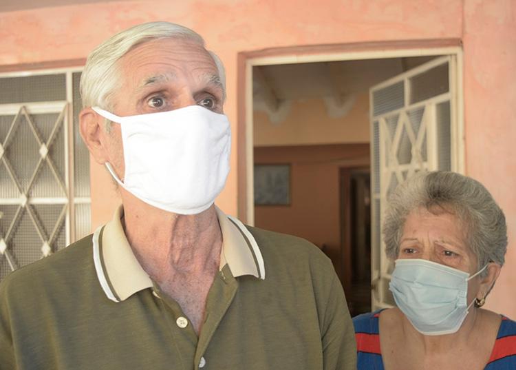 1-Ezequiel y Odalys están agradecidos del apoyo que recibió su familia. / Foto: Pedro Paredes