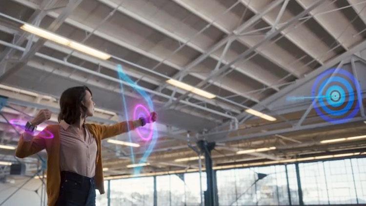 Facebook diseña una pulsera que permitirá manejar la realidad aumentada