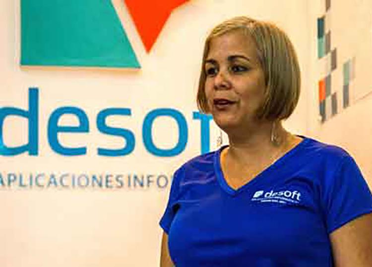 Elena Real Castro, directora de la división territorial de Desoft en Pinar del Río