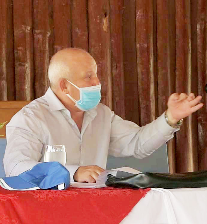 Tapia Fonseca llamó a incrementar los aportes de las empresas estatales al autoabastecimiento territorial.