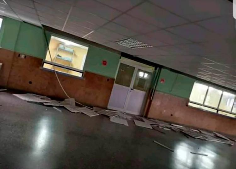 Daños en el interior del hospital Comandante Pinares en Artemisa.
