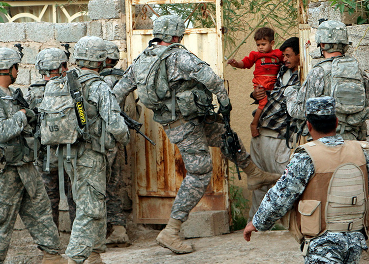 Los estadounidenses se retiraron de Irak en 2011 y regresaron tres años después como parte de una coalición