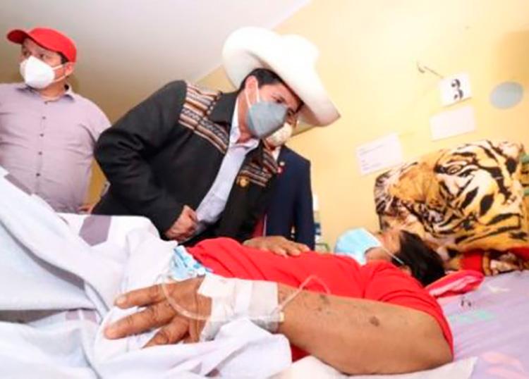 El presidente de Perú, Pedro Castillo, encabeza las acciones en ayuda de las personas afectadas por el temblor. Foto: @PedroCastilloTe/Twitter.