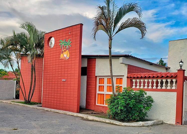 Áreas totalmente remozadas del restaurante Tropical en Consolación del Sur