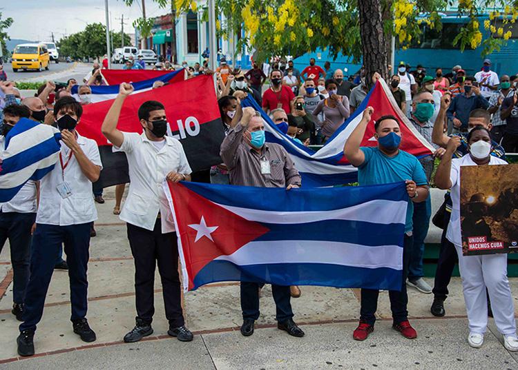 Todo intento por perturbar la tranquilidad en Cuba encontrará la respuesta del pueblo en las calles