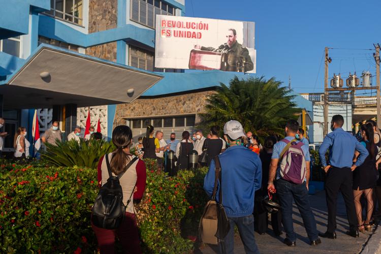 trabajadores de Etecsa en Pinar del Rio editorial del periodico Granma 3
